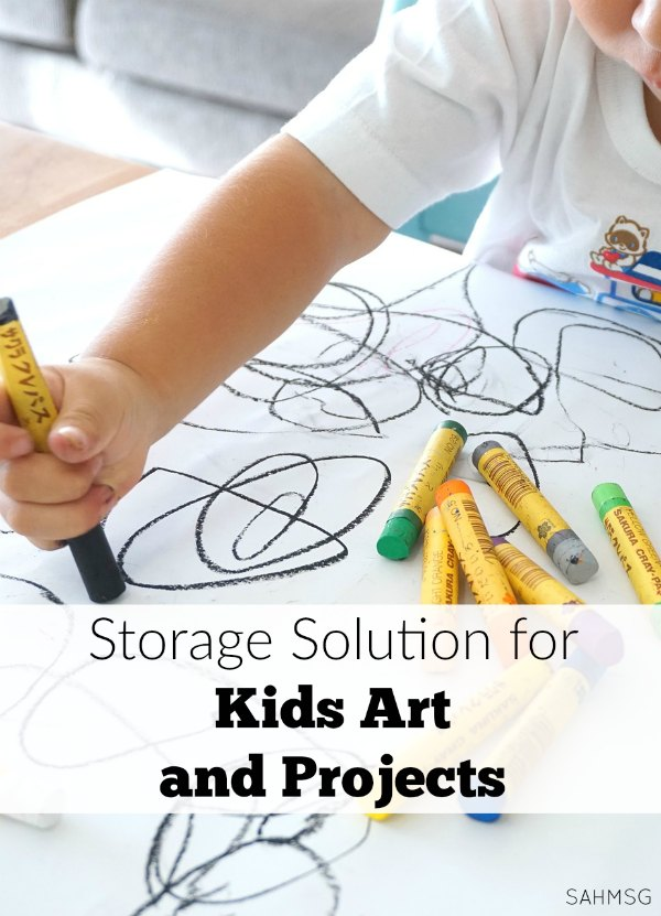 Do you throw out the kids art or keep every piece? Try this storage solution for kids art and projects so you can preserve their creations and not clutter up your house.