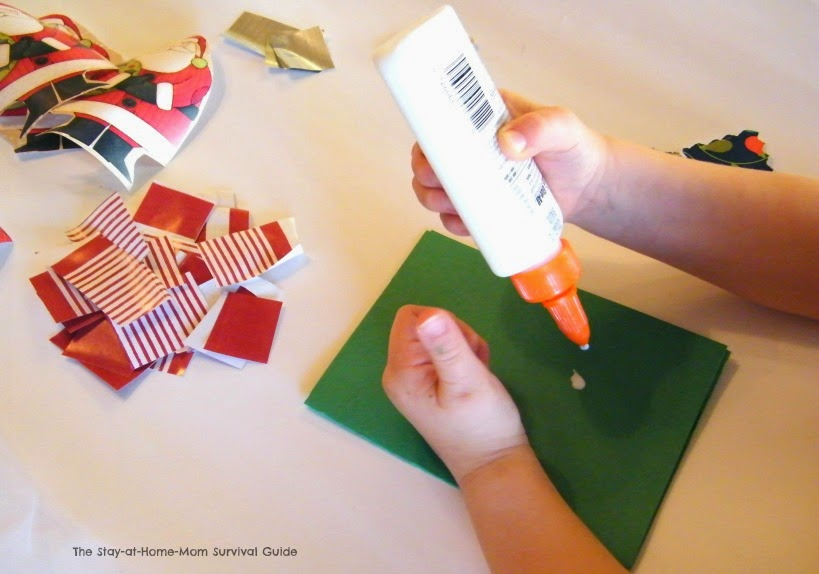 Kid-made thank you notes to teach thankfulness shared by The Stay-at-Home-Mom Survival Guide.