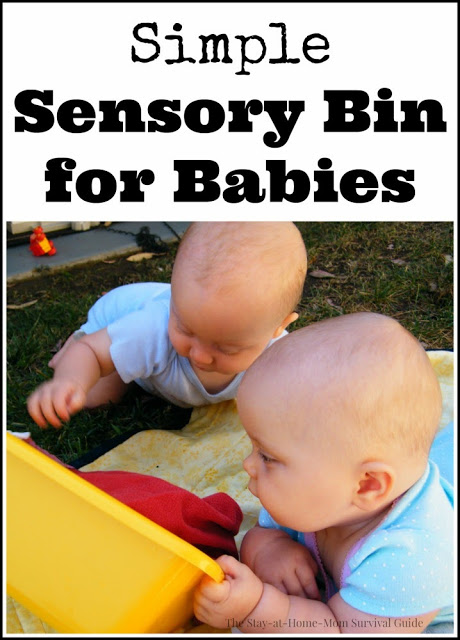 This sensory bin for babies is so simple and it can help babies who don't like tummy time!