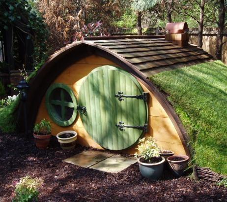 Best DIY Backyard Playhouse Ideas The StayatHomeMom Survival