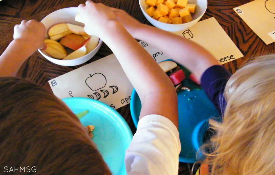 Making Number Salad counting activity and halethy snack for kids. The kids can make it on their own!