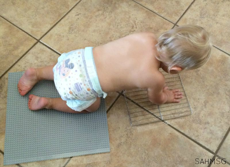 Sensory for infants and toddlers: Sensory Crawl Activity.