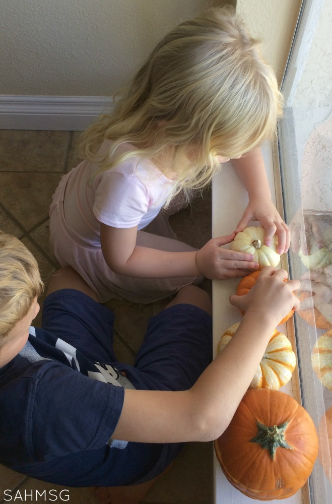Pumpkin puzzles and ordering activities-Preschool Activities for Fall.