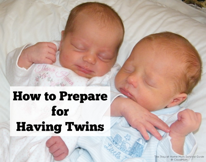 How to prepare for having twins. 8 tips for pregnant moms and parents expecting twins.