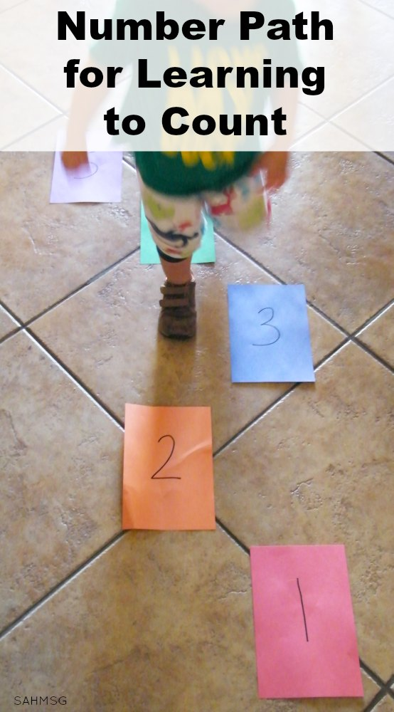 Activity for learning to count and number order that works for crawlers, walkers and preschoolers. Great rainy day activity for indoor days with kids.