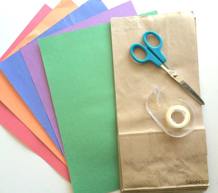 Create a simple color sorting game for teaching colors and sorting skills with this simple color sorting bags for toddlers and preschool idea.