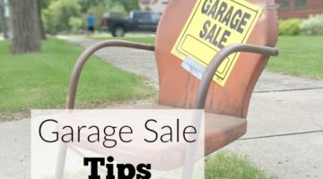 Garage sale time! Get these 10 garage sale tips to have a successful sale.