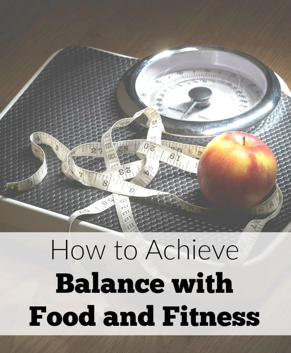 Workout goals getting sidelined, all the time? As a mom, it can be hard to balance your weight goals and exercise. Let's talk about how to achieve balance with food and fitness.