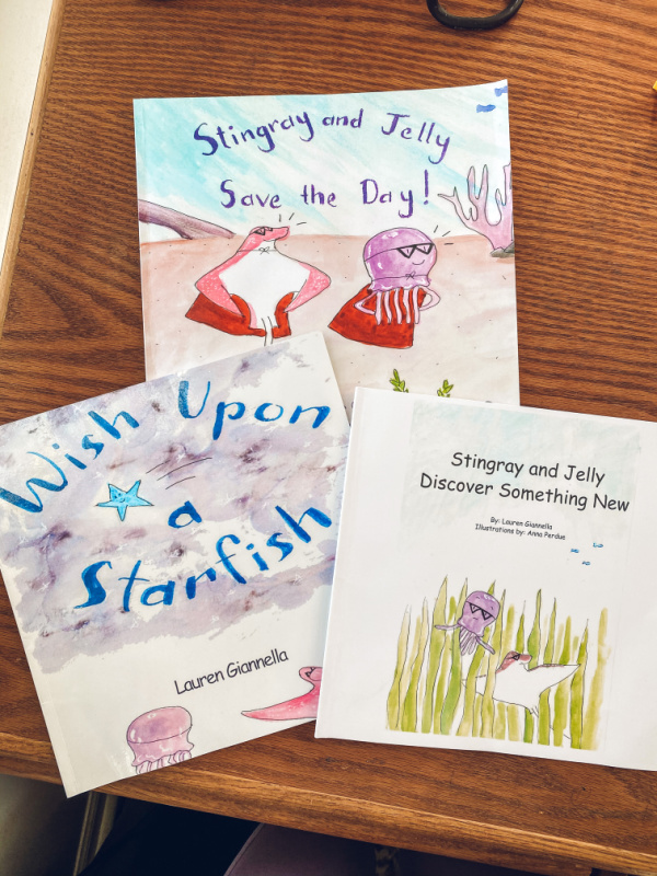 Book series Wish Upon a Starfish Teaches children how to make friends.